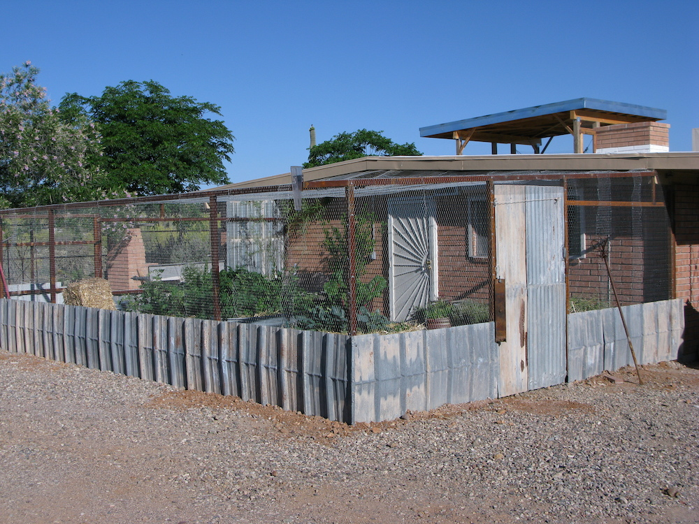 Vegetable garden enclosure made of recycled materials