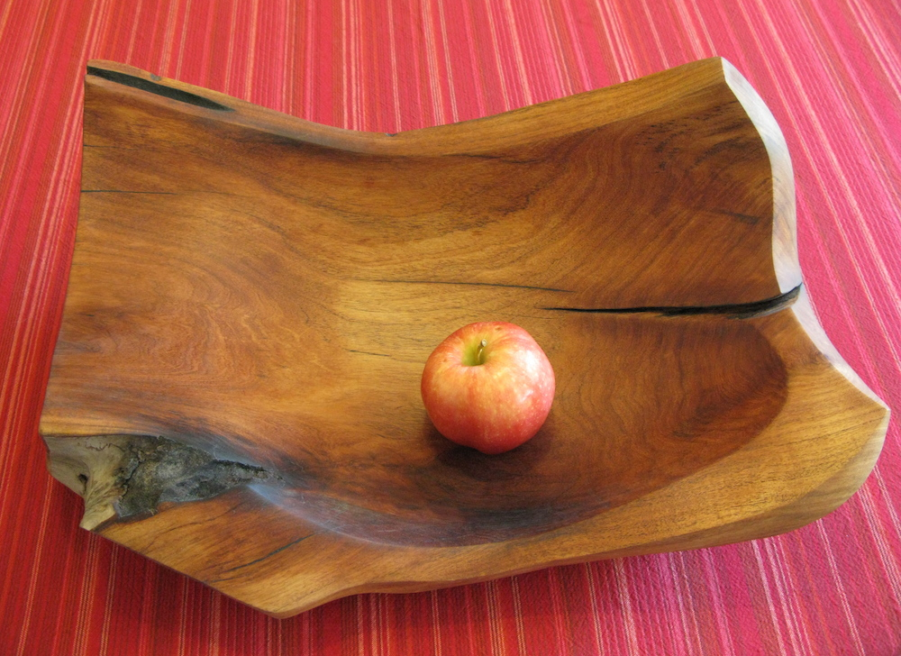 Curved mesquite vessel