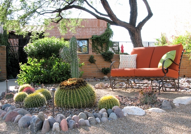 Sanger entry garden